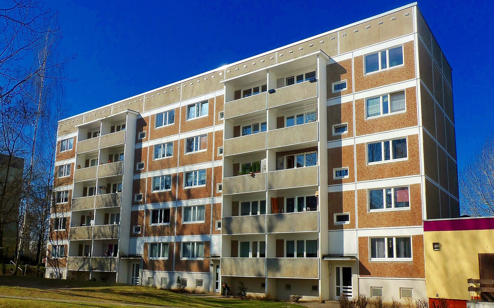 Balkons zijn gemeenschappelijke gedeelten
